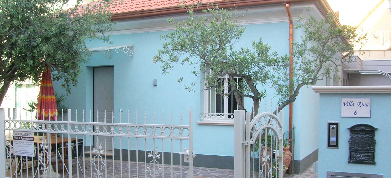 Villetta a gabicce mare casa indipendente in affitto for Appartamenti gabicce mare